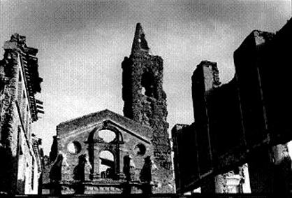 Spanish_civil_war_1936-1939_church_ruin